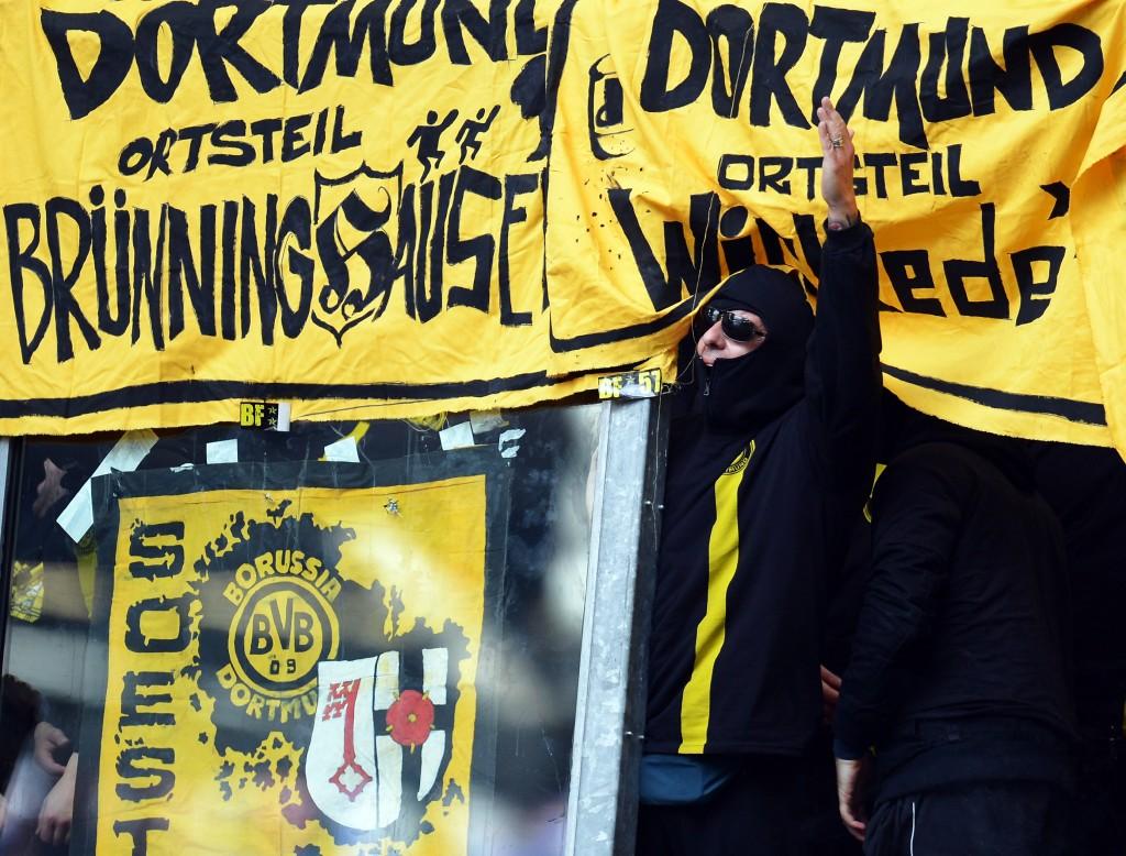 Borussia Dortmund f
