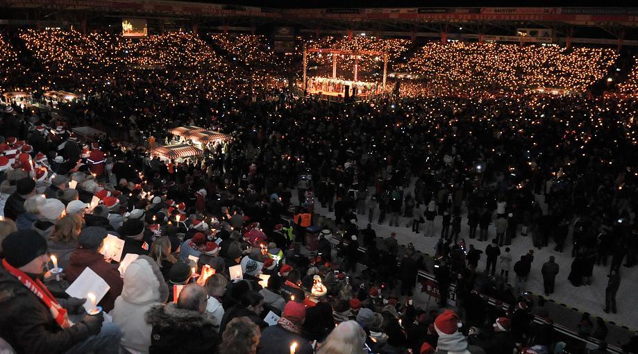 Joulubileet x 27000 ihmistä (AP, Oliver Mehlis)