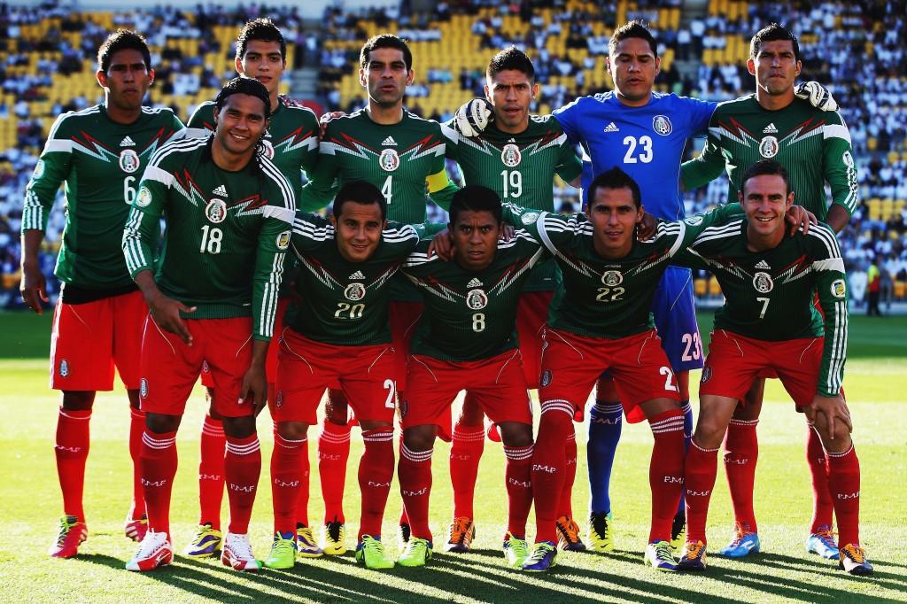 Meksiko valmistautumassa ratkaisevaan otteluun Uusi-Seelantia vastaan.