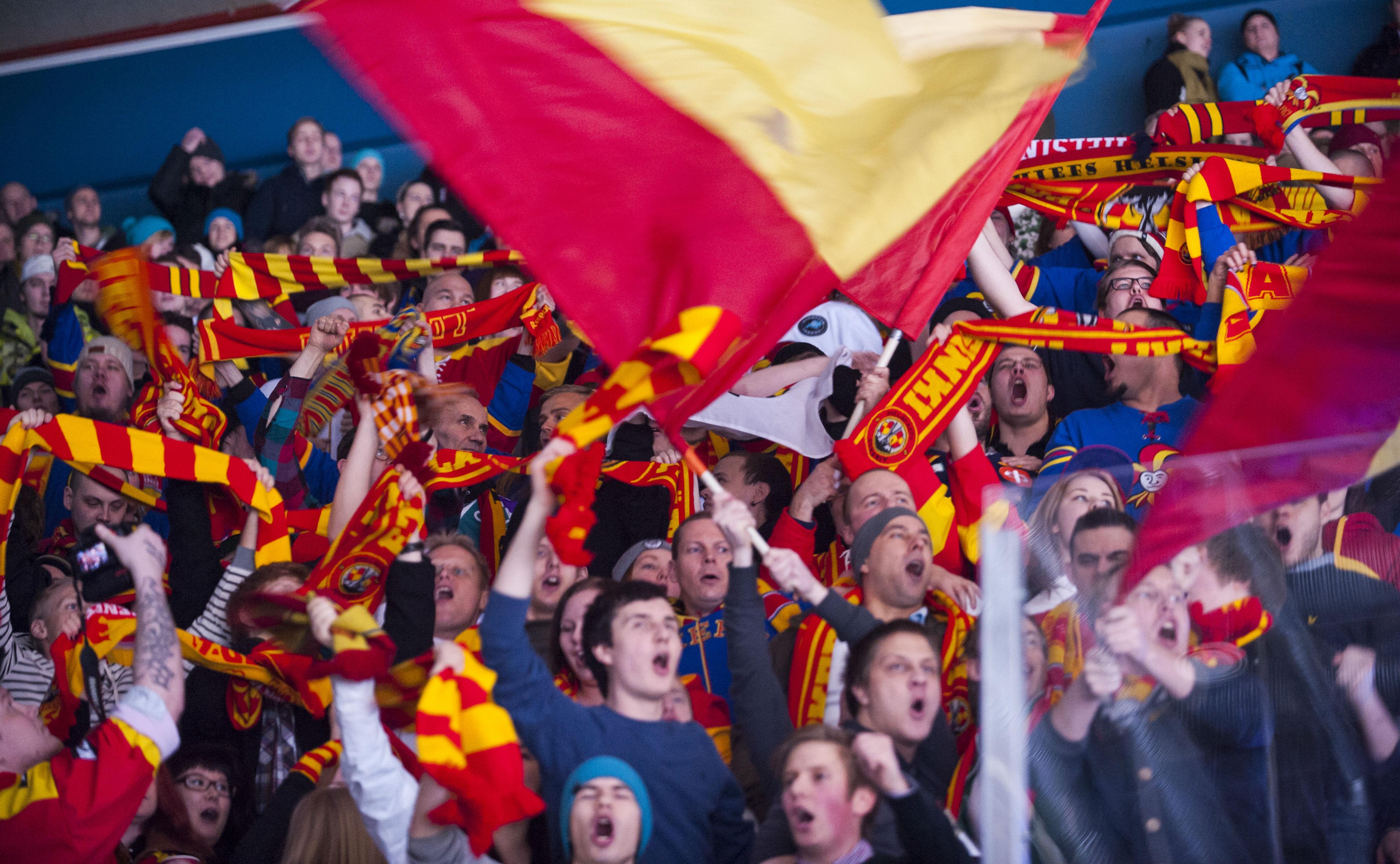 Onnittelut Liigapaikasta Vaasan Sportille (All Over Press)