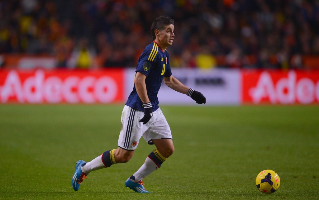 James Rodriguez tulee jakelemaan namupasseja Falcaolle (Getty Images)