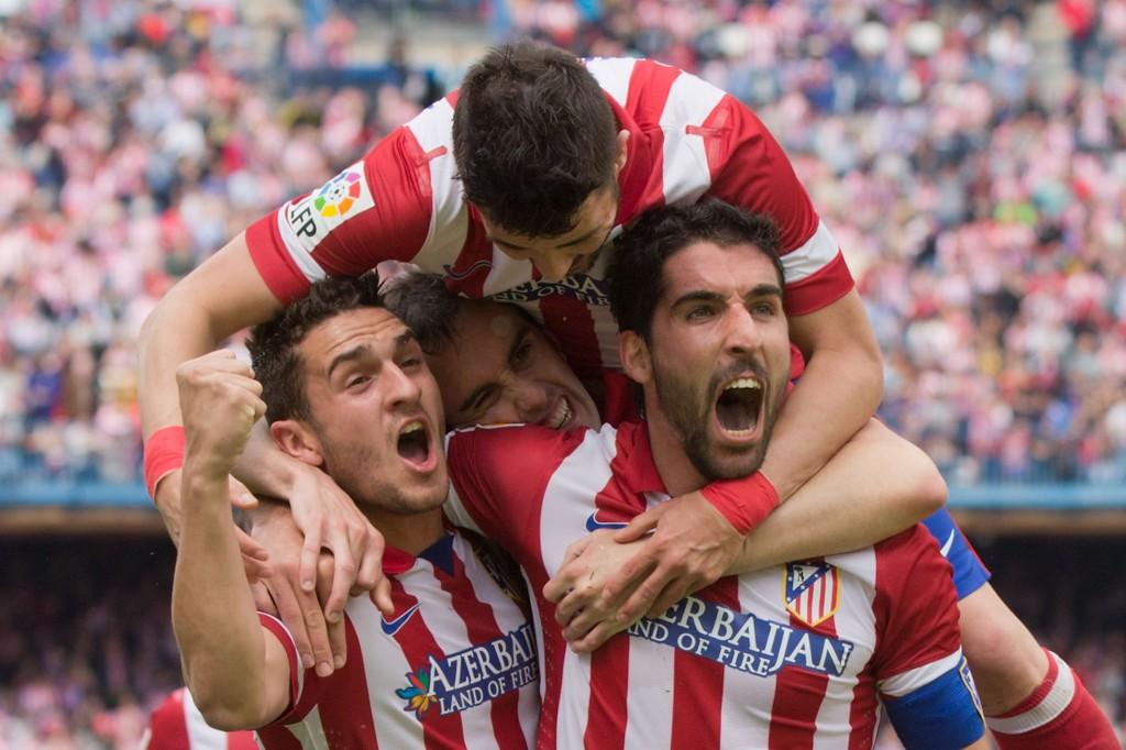 Raul Garcia juhlii maaliaan ja koko joukkue tuulettaa mukana (Getty Images)