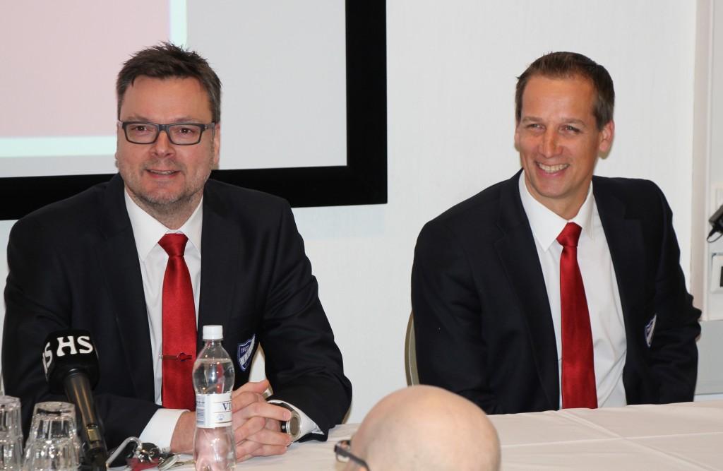 Tom Nybondas ja Antti Törmänen sopimuksen julkaisun jälkeen (Faneille.com)