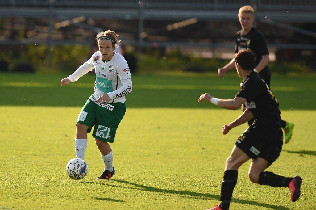 Petteri Forsell on Maarianhaminassa ja Veikkausliigassa tähti, mutta.. (Alloverpress)