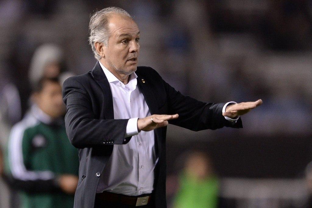 Päävalmentaja Alejandro Sabellan valinnat ovat herättäneet keskustelua jalkapallomaailmassa. (Getty)