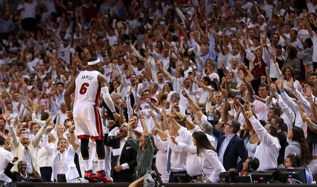 LeBron päätti että Miami etenee jatkoon nyt (Getty)
