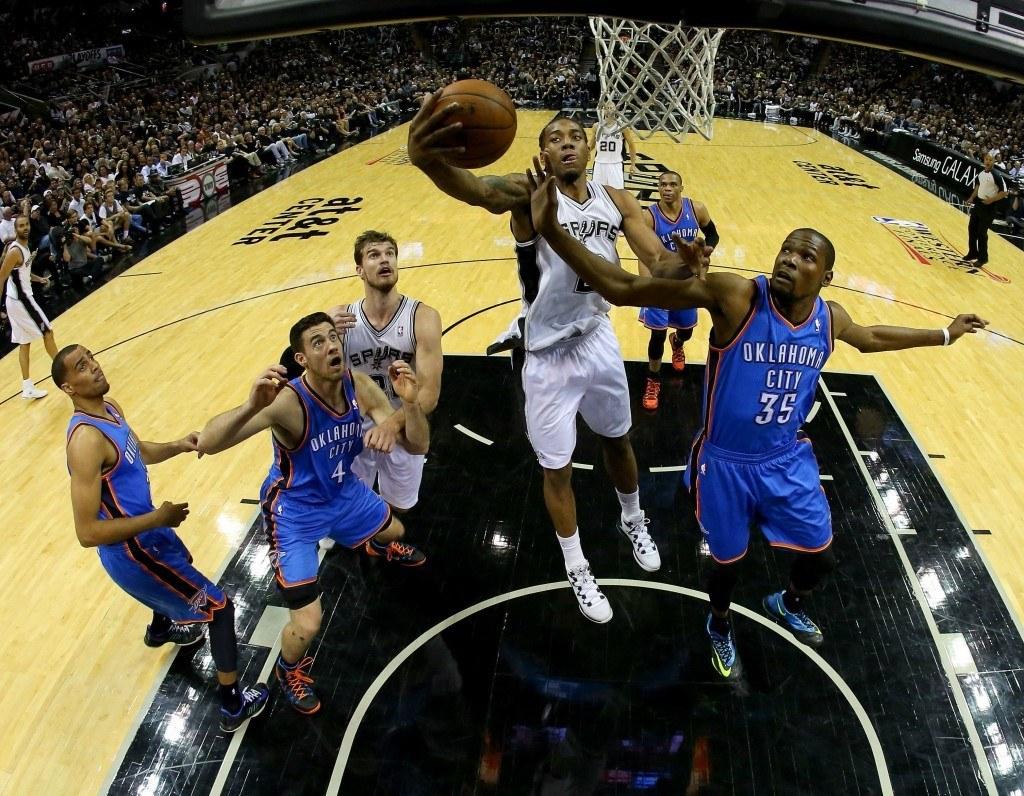 Spurs voitti taistelun korin alla ja sen myötä selvästi koko ottelun (Getty)
