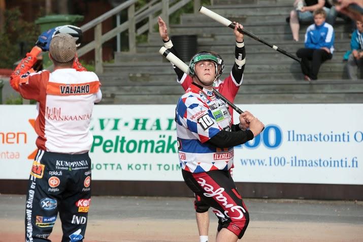 Juha Niemi on iskenyt kahteen otteluun kahdeksan juoksua. (Juha Levonen)