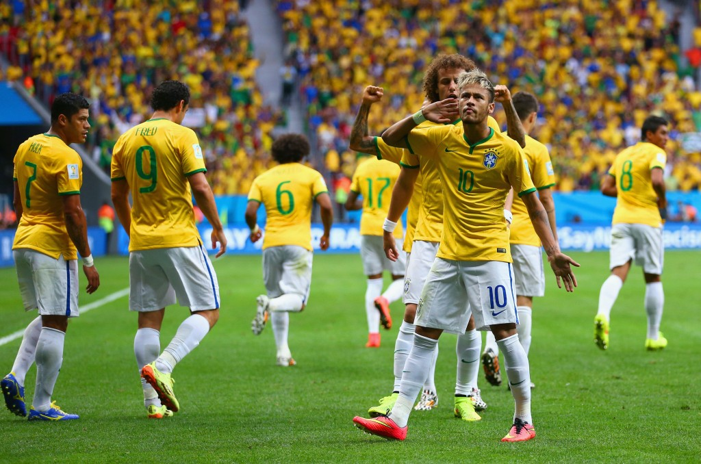 Neymar jatkaa turnauksen edetessä vahvoja otteitaan ja tulee taistelemaan maalikuninkuudesta loppuun asti (Getty)