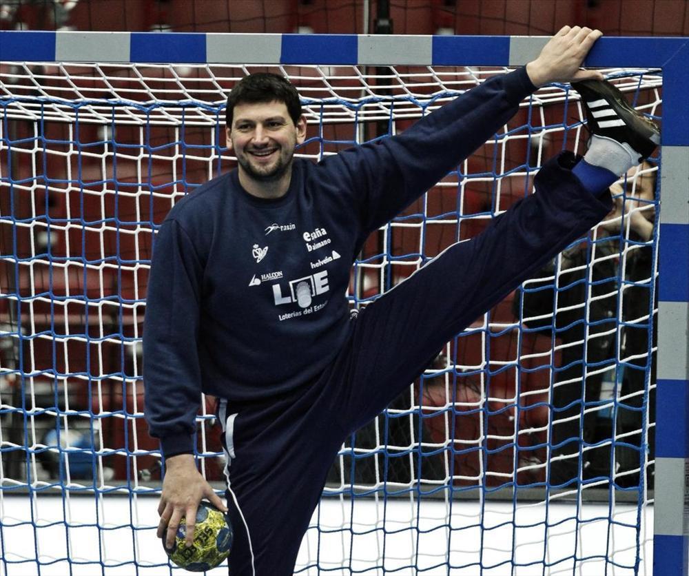 Espanjan käsipallomaajoukkueen maalivahti Arpad Sterbik, yksi maailman parhaista pelipaikallaan.
