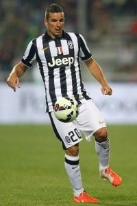 Simone Padoin joutuu Fiorentinaa vastaan kovaan paikkaan. (Getty)