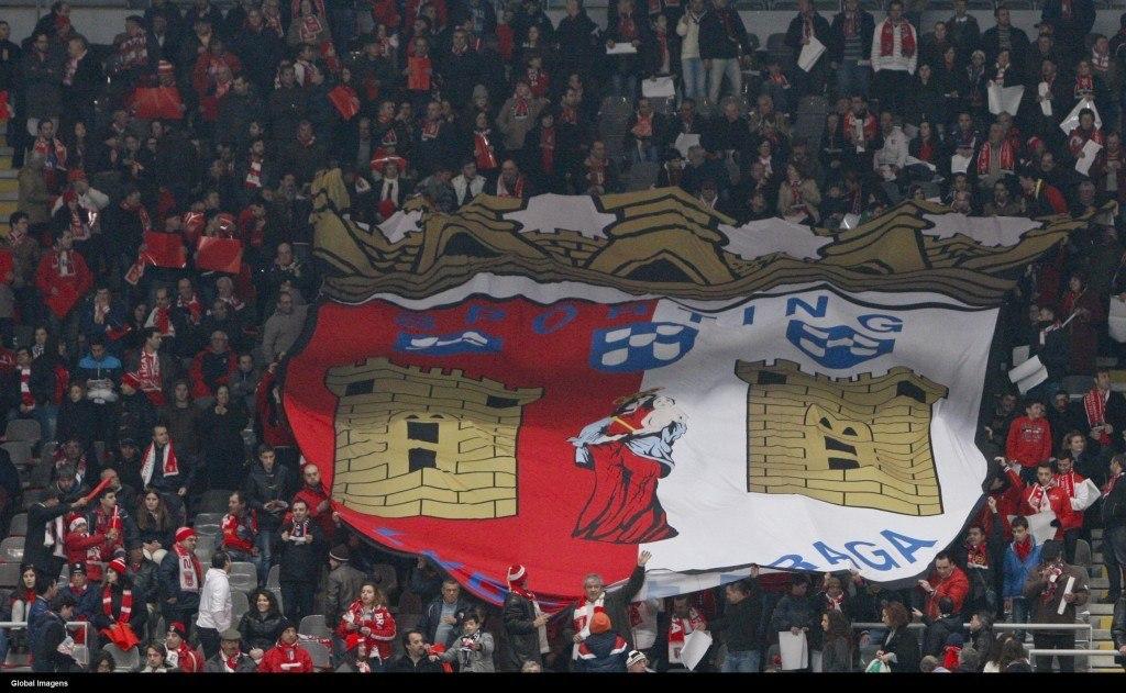 Braga pääsee sunnuntaina pelaamaan fanaattisen kotiyleisönsä edessä.