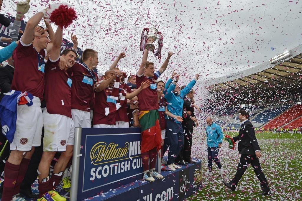 Hearts nitisti Hibernianin Skotlannin Cupin finaalissa kaudella 2011/12. KUVA: Getty Images
