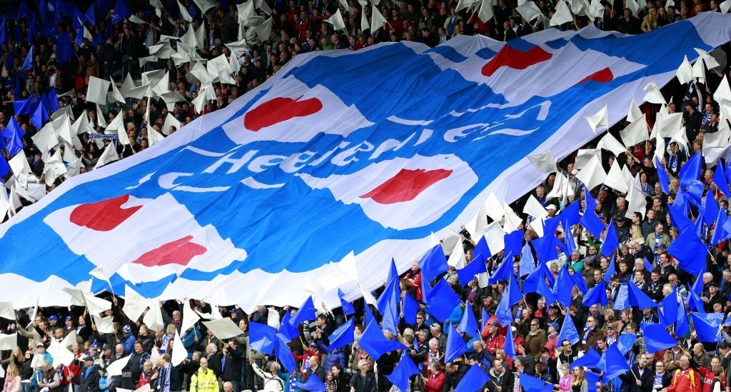 Friisinmaan lippu on vahvasti esillä Heerenveenin logossa. KUVA: Getty Images