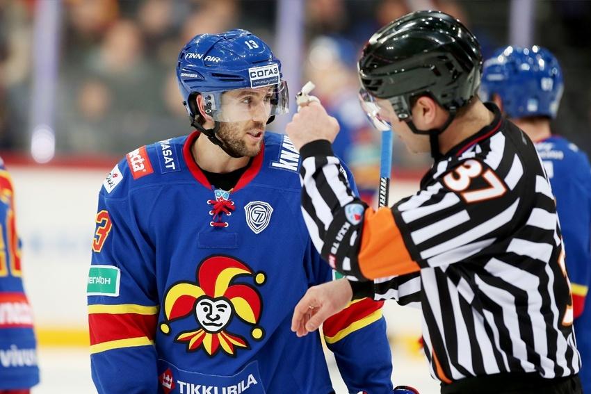 Jokereiden yhteistyö KHL:n suuntaan toimiin. Keskustelua muun muassa tuomareista. (AOP)