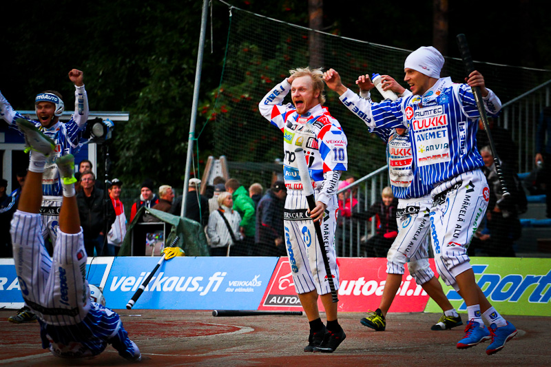 Pipopäinen Suomen mestari Vimpelistä Hannu Huuskonen vaihtoi Ykköspesiksessä pelaavaan Oulun Lippoon. Kuva: JP Hirvonen