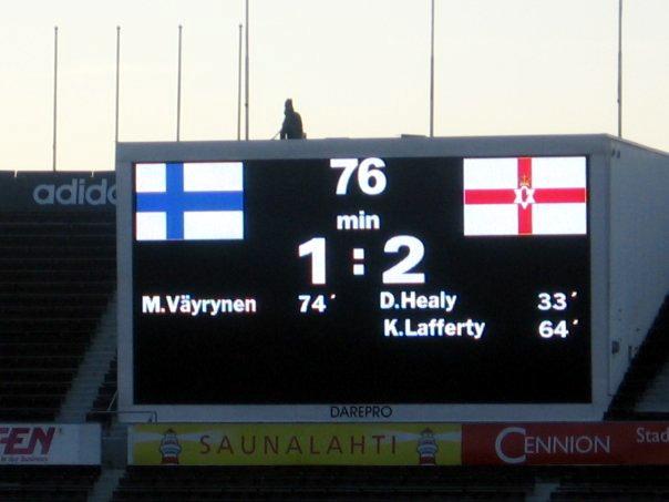 Kyle Lafferty iski maajoukkueuransa ensimmäisen maalin harjoitusottelussa Suomea vastaan vuonna 2006. KUVA: Elias Aaltonen