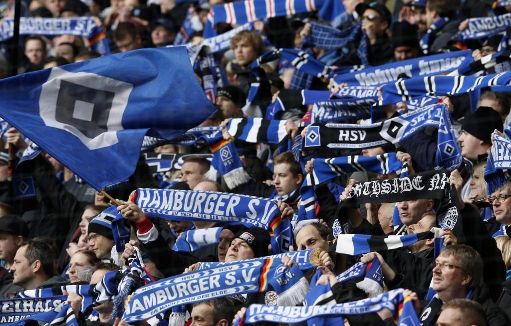 HSV:n kannattajat joutuvat ehkä ensi kaudella tyytymään 2. Bundesliigaan. Ensimmäistä kertaa seuran historiassa. KUVA: Getty Images