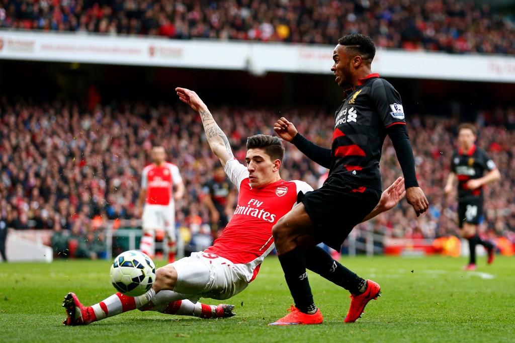 Pystyykö Hector Bellerin pysäyttämään Eden Hazardin? Kuva: Getty