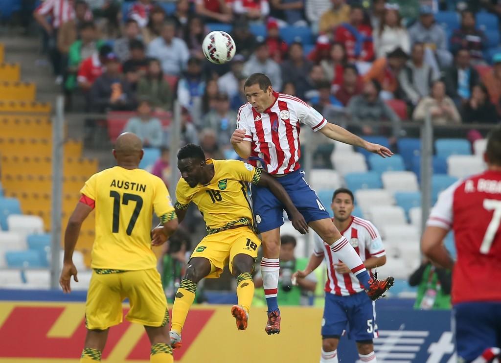 Pablo Aguilar nousi Jamaikaa vastaan korkeimmalle, mutta nyt vastus on kovempi. (AOP)