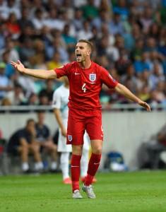 Jordan Henderson täyttää Steven Gerrardin saappaat niin Poolissa kuin kolmen leijonan paidassa. Kuva: Getty