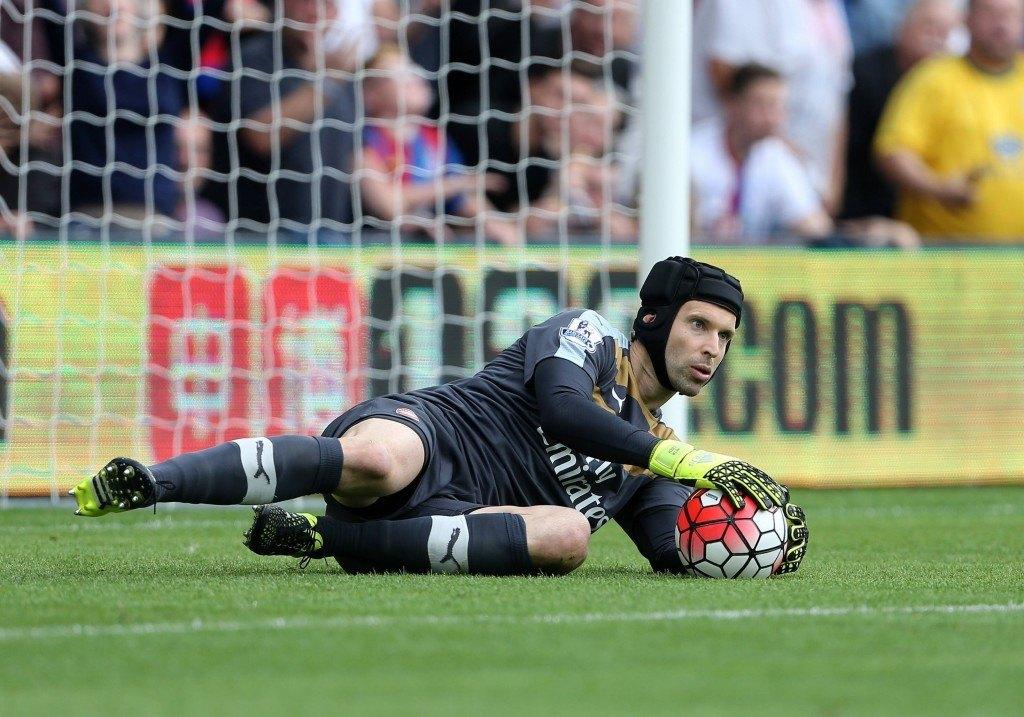 Hyökkäyspään vahvistuksia odotettiin, mutta Petr Cech oli Arsenalin kesän ainoa hankinta. Kuva: AOP