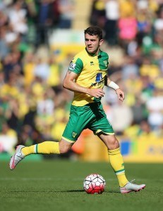 NORWICH, ENGLAND - SEPTEMBER 12: Robbie Brady of Norwich City during the Barclays Premier League match between Norwich City and A.F.C. Bournemouth on September 12, 2015 in Norwich, United Kingdom. (Photo by Christopher Lee/Getty Images)