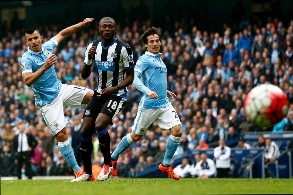 MANCHESTER, ENGLAND - OCTOBER 03: Sergio Aguero of Manchester City scores his fourth and team's fifth goal during the Barclays Premier League match between Manchester City and Newcastle United at Etihad Stadium on October 3, 2015 in Manchester, United Kingdom. (Photo by Dean Mouhtaropoulos/Getty Images)