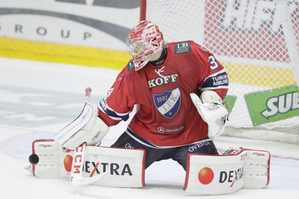 Ville Husso torjui lauantaina kauden ensimmäisen nollapelinsä. Kuva: AOP