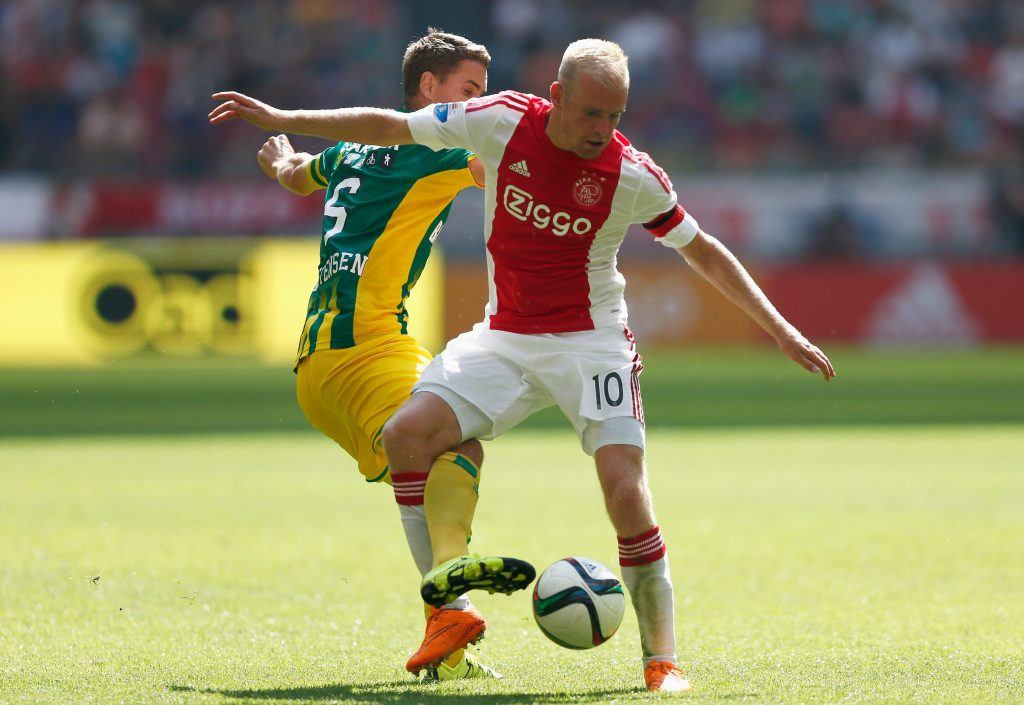 AMSTERDAM, NETHERLANDS - AUGUST 30: Thomas Kristensen of ADO Den Haag battles for the ball with Davy Klaassen of Ajax during the Dutch Eredivisie match between Ajax Amsterdam and ADO Den Hagg on August 30, 2015 in Amsterdam, Netherlands. (Photo by Dean Mouhtaropoulos/Getty Images)