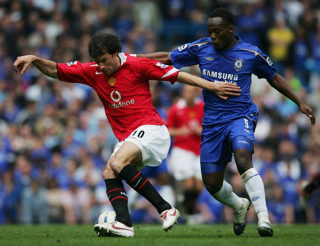 LONDON - APRIL 29: (L-R) Ruud Van Nistelrooy of Manchester United is challenged by Michael Essien of Chelsea for the ball during the Barclays Premiership match between Chelsea and Manchester United at Stamford Bridge on April 29, 2006 in London, England. (Photo by Shaun Botterill/Getty Images)