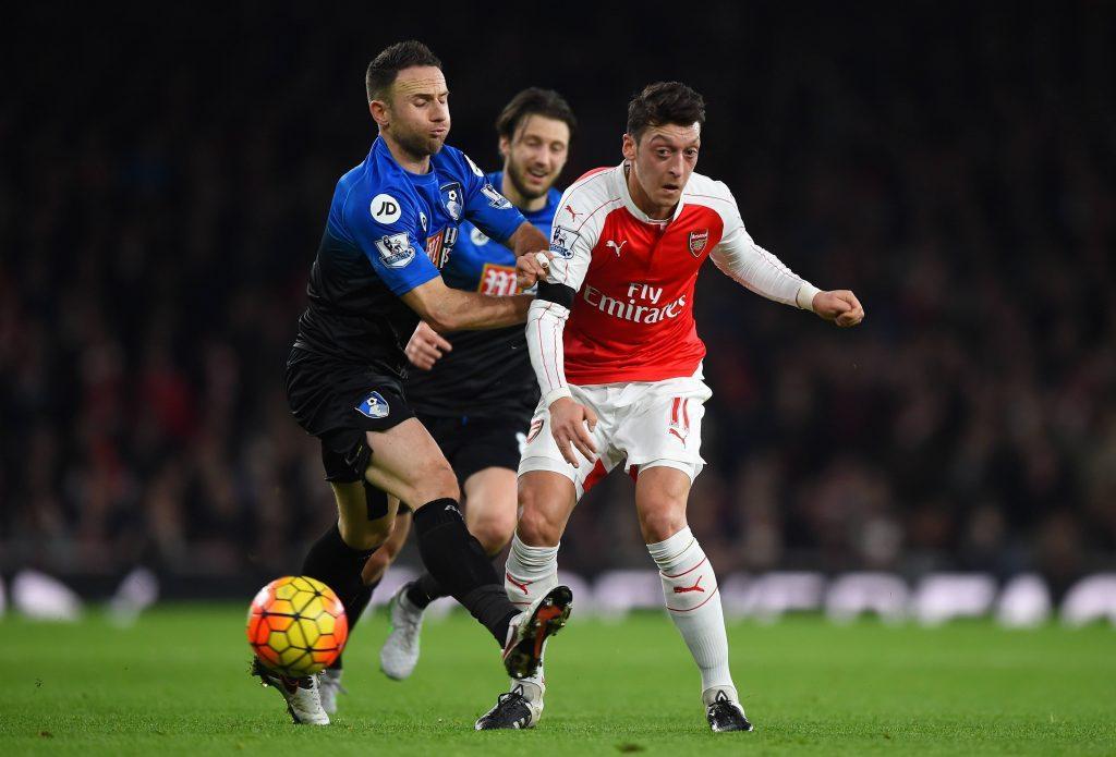 Syöttömaestro Mesut Özil on Valioliigasyksyn paras pelaaja. Kuva: Getty