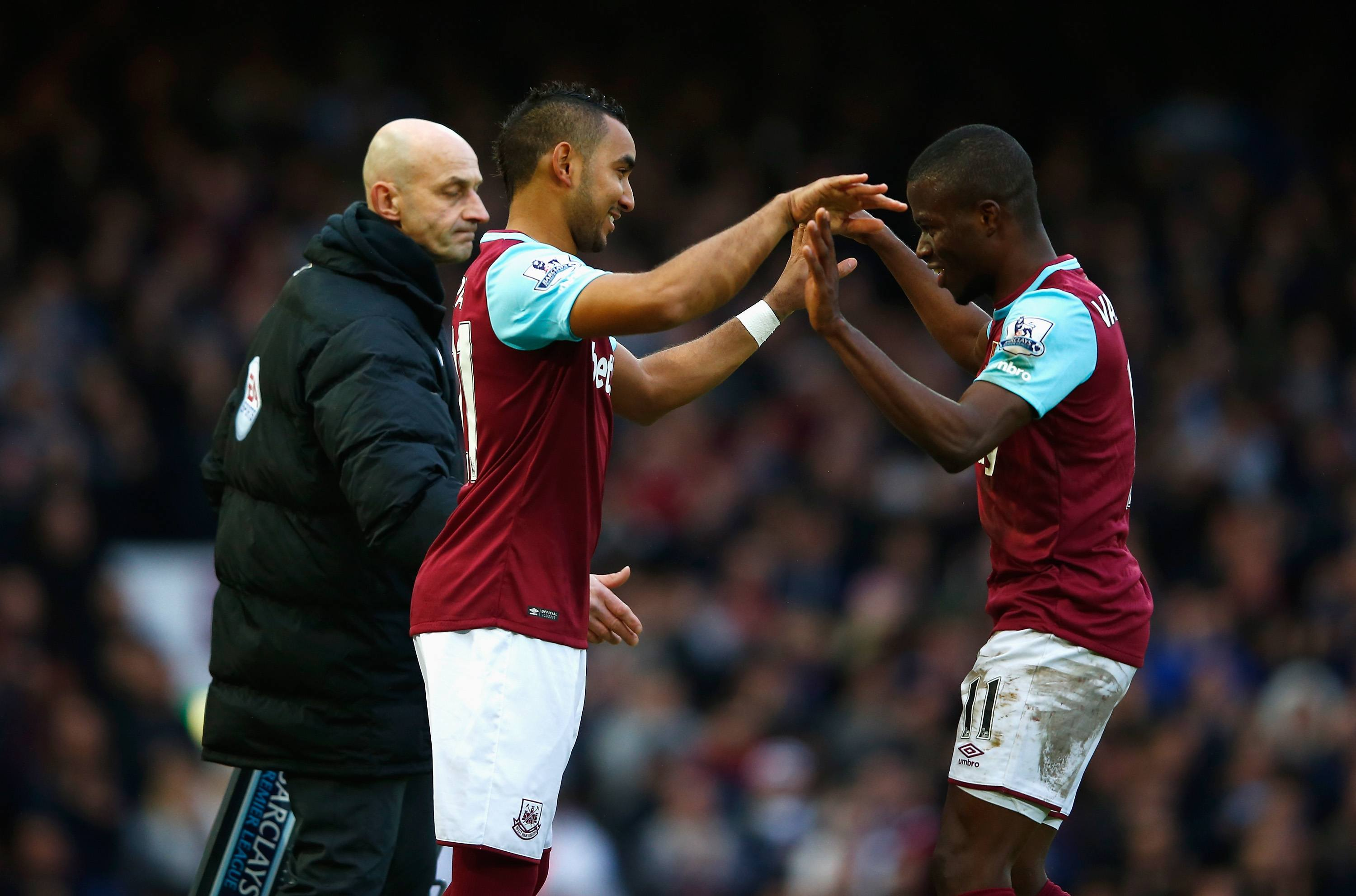 LONDON, ENGLAND - JANUARY 02: Dimitri Payet (C) of West Ham United replaces Enner Valencia (R) during the Barclays Premier League match between West Ham United and Liverpool at Boleyn Ground on January 2, 2016 in London, England. (Photo by Christopher Lee/Getty Images)