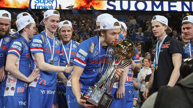Classic voitti vihdoin ja viimein miesten Suomen mestaruuden. Kuva: Salibandyliiga