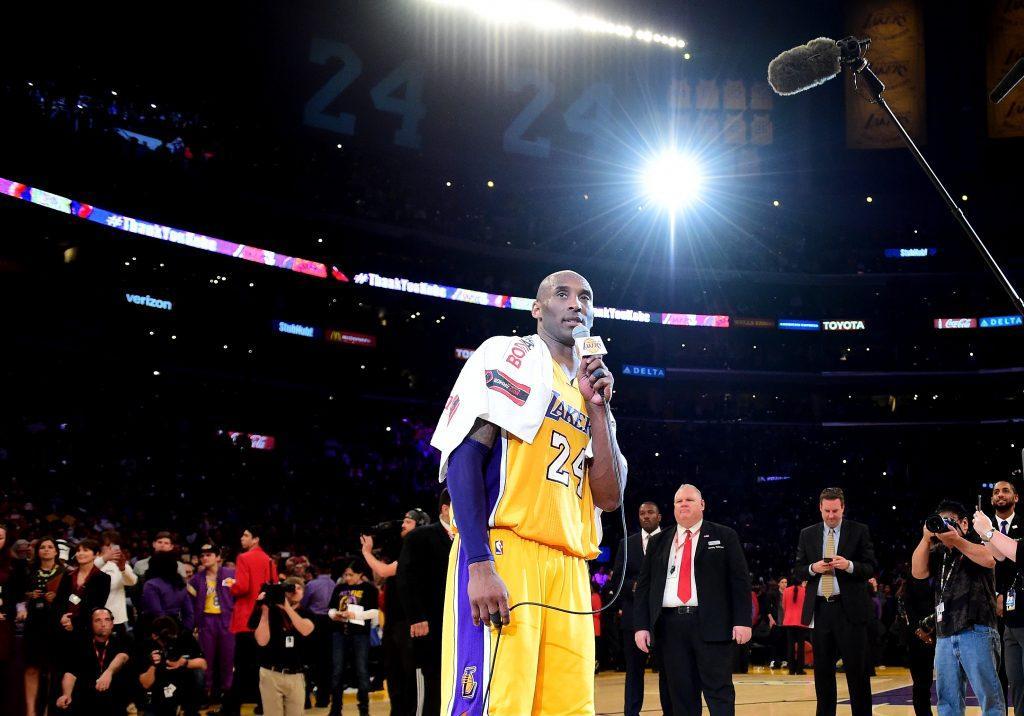 Kobe Bryant jätti parketit tyylikkäästi nakuttamalla 60-pistettä Utah Jazzia vastaan. Getty