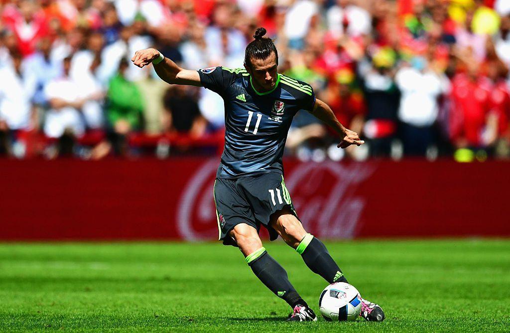 Bale on ensimmäinen pelaaja 24 vuoteen, joka teki EM-kisoissa kaksi maalia vapaapotkuista. Kuva: Getty