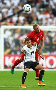 Puolan Kamil Glik pelasi tilastojen valossa vahvan turnauksen (Getty).