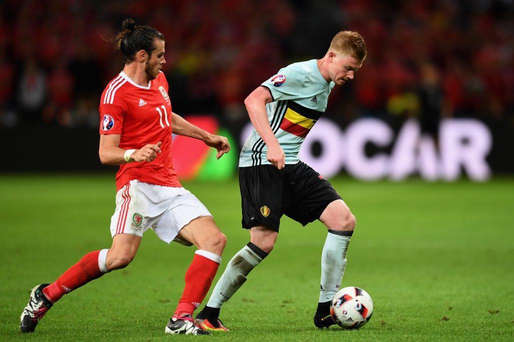 Gareth Bale (vas.) ja Kevin De Bruyne ovat tilastojenkin perusteella olleet hyviä näissä kisoissa (Getty).