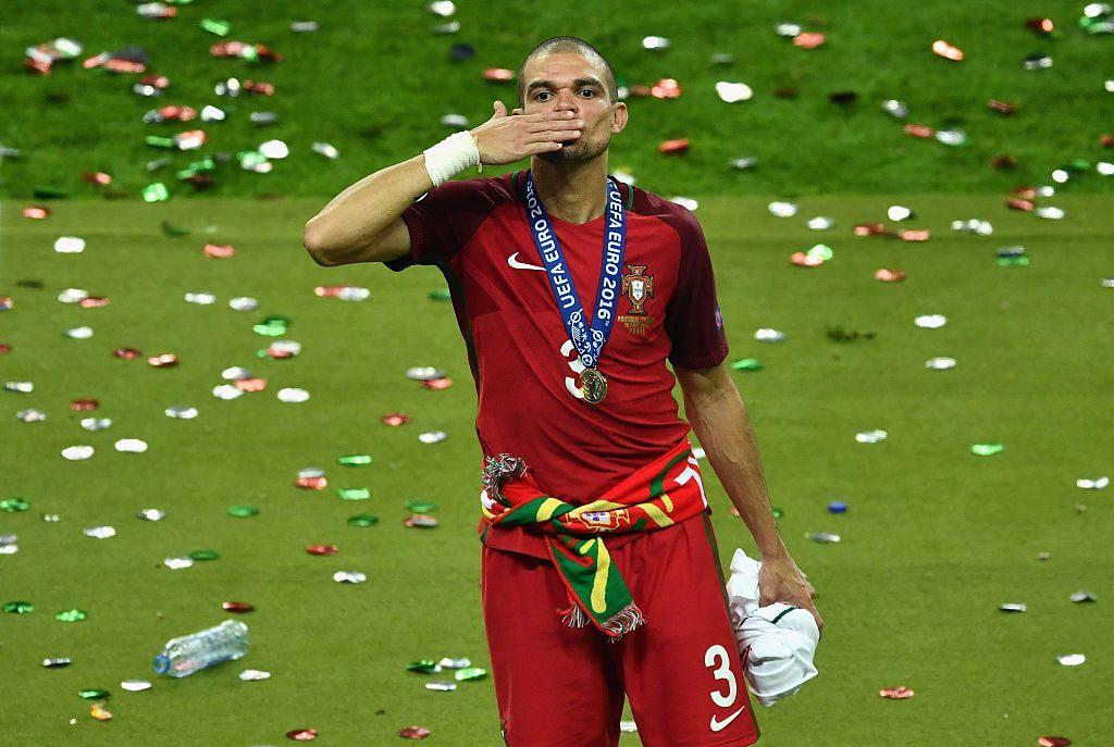 Pepe jakaa vahvasti mielipiteet, mutta pelasi fantastiset kisat ja valittiin finaalin parhaaksi pelaajaksi. Kuva: Getty