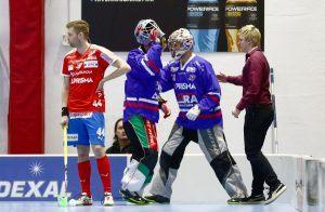 Luottopakki Karjala kyllä raastaa, mutta kuka torjuu pallot? Kuva: Salibandyliiga