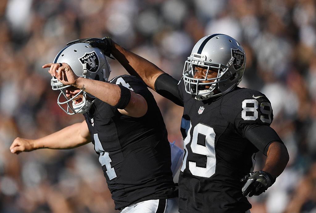 Raidersin hyökkäystehoista vastaa ensisijaisesti kaksikko Amari Cooper & Derek Carr. (Getty)
